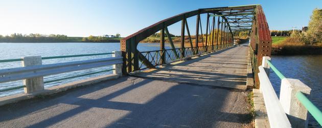 pont près de Hébertville village